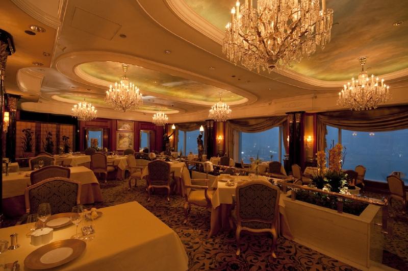 アイランド・シャングリ・ラ香港のレストラン「ペトリュス」