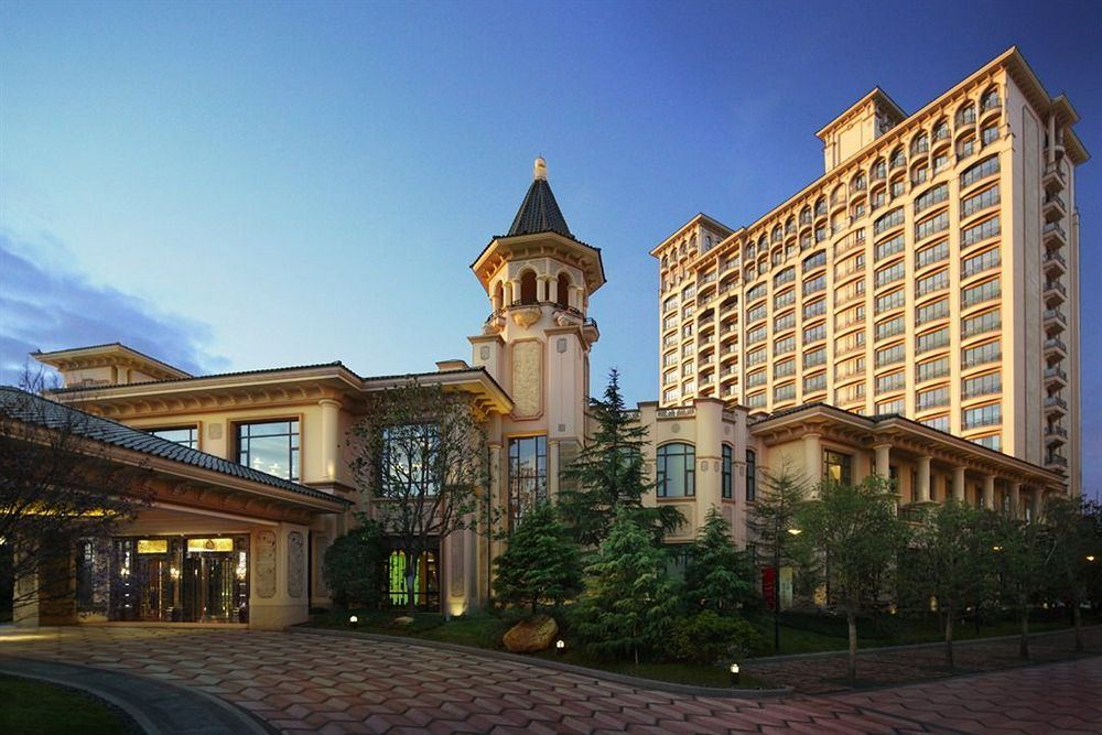 シャトー・スター・リバー・プドン・上海 Chateau Star River Pudong Shanghai 上海浦東星河湾酒店の外観