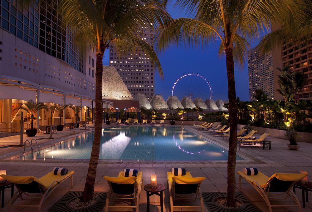 ラグジュアリーな滞在を満喫する「コンラッド・センテニアル・シンガポール」