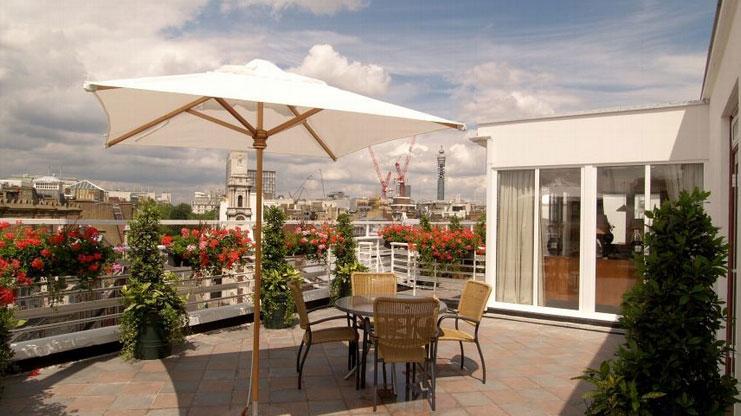 ミシュラン星を獲得した素晴らしいレストランが併設されている「ウエストベリー・メイフェア・ホテル」