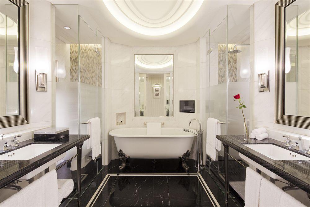 フェアモント・ピース・ホテル Fairmont Peace Hotel 和平飯店のバスルーム