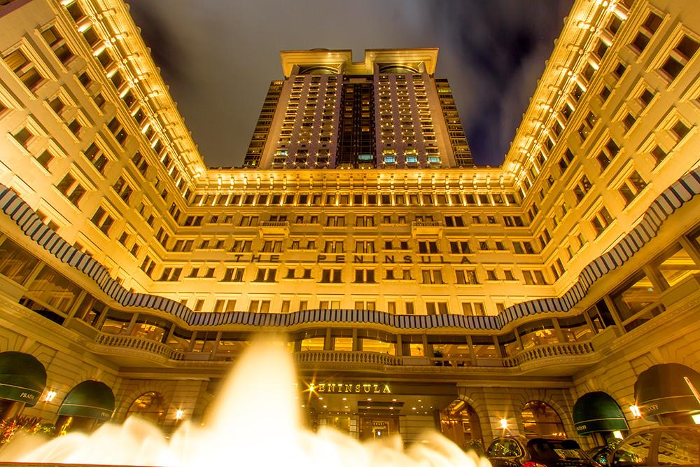 100万ドルの夜景を眺めながら夢のような時間を過ごす「ザ・ペニンシュラ・香港」