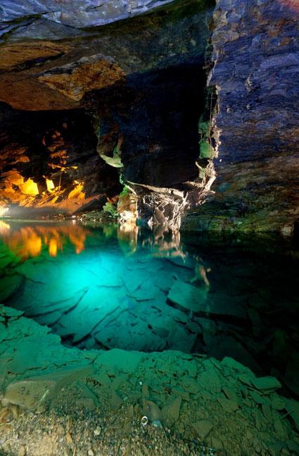 スノードニア国立公園のLlechwedd-Slate-Caverns