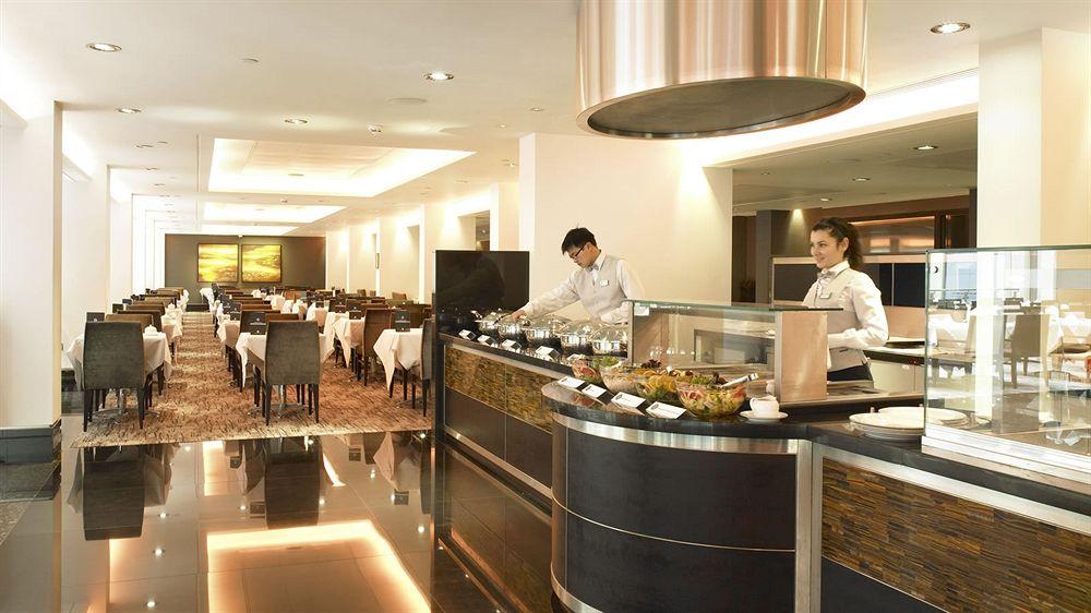 グランジセントポールホテルのNovelloレストラン