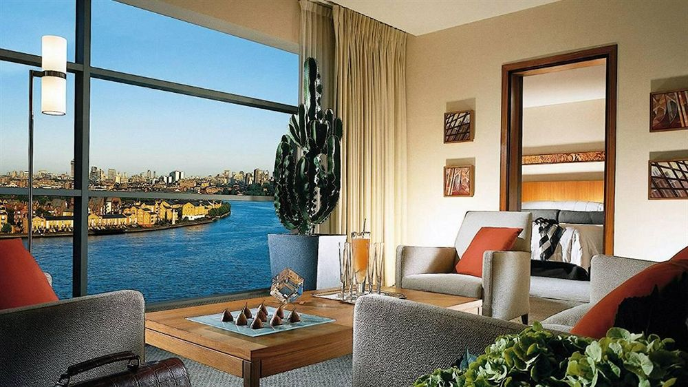 フォーシーズンズ・ホテル・ロンドン・アット・カナリーワーフのEXECUTIVE-SUITE
