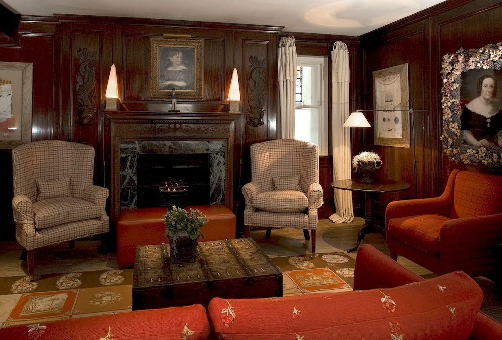 ザ・ペルハム・ホテルの客室リビングルーム