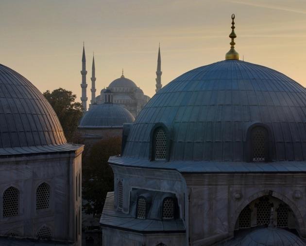 イスタンブール旧市街にある重厚な雰囲気が魅力のブティック・ホテル「ベスト・ウエスタン・プレミア・アクロポル・スイート&スパ」