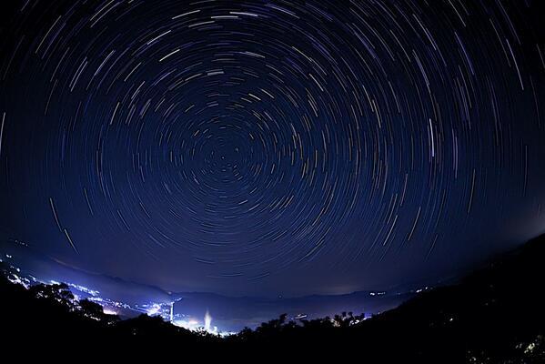 全国的にチャンスあり!「4月こと座流星群」が23日明け方に極大!