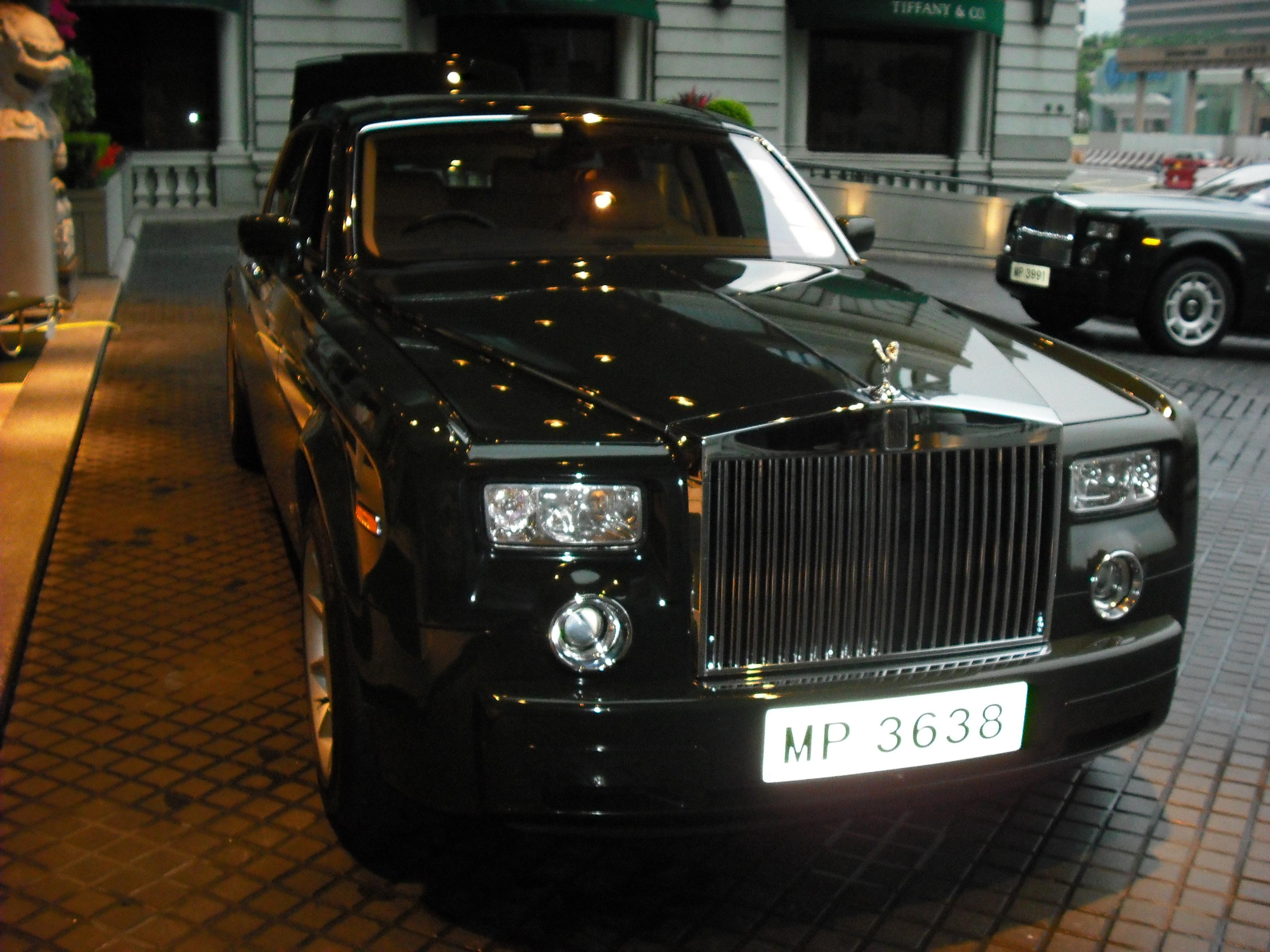 ザ・ペニンシュラ・香港の送迎車「ファントム」