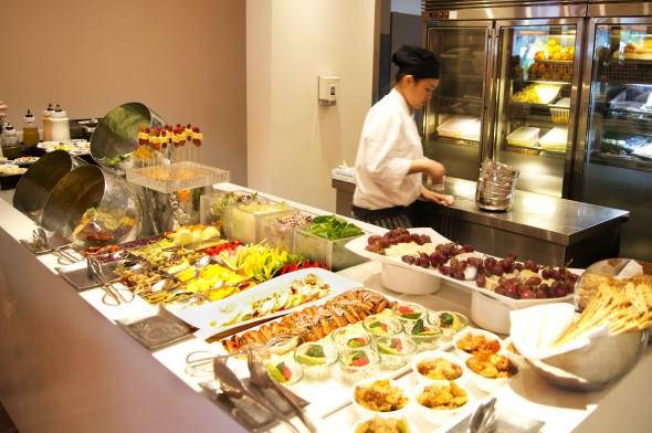 シャングリラ・ホテル・シンガポール Shangri-La Hotel Singaporeのザ・ラインの料理