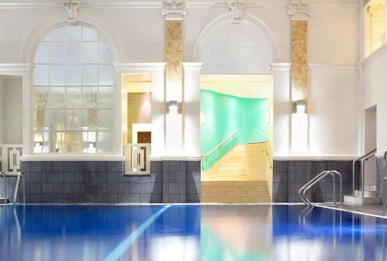 ルメリディアンピカデリーホテルのプール
