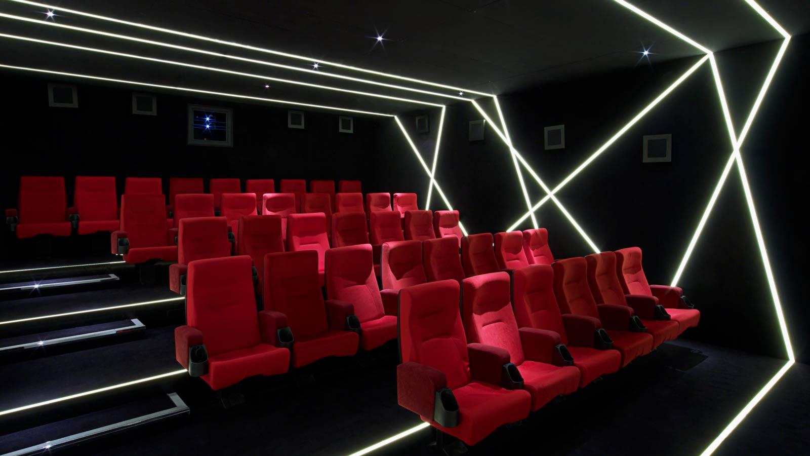 W・ロンドン・レスター・スクエアの映写室
