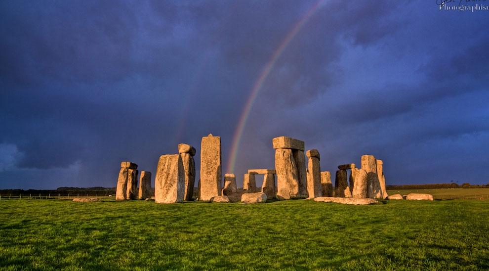 遥か古代の不思議な世界が漂うイギリスの神聖な場所「ストーンヘンジ」
