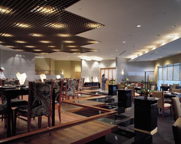 シャングリラ・ホテル・シンガポール Shangri-La Hotel Singaporeのなだ万