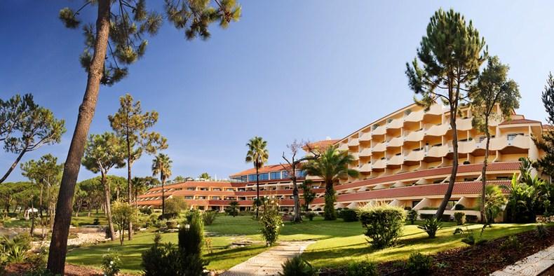 ホテル・キンタ・ド・ラゴ Hotel Quinta do Lagoの外観