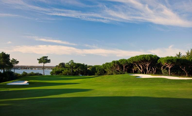ホテル・キンタ・ド・ラゴ Hotel Quinta do Lagoのゴルフコース
