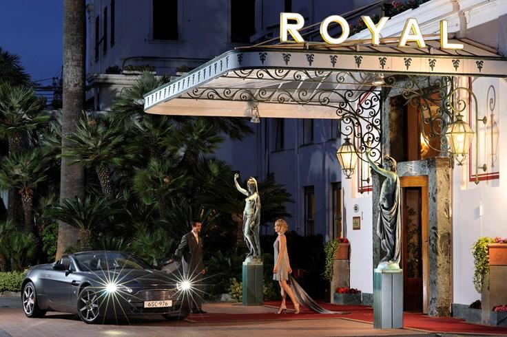 ロイヤル・ホテル・サンレモ Royal Hotel San Remoのエントランス