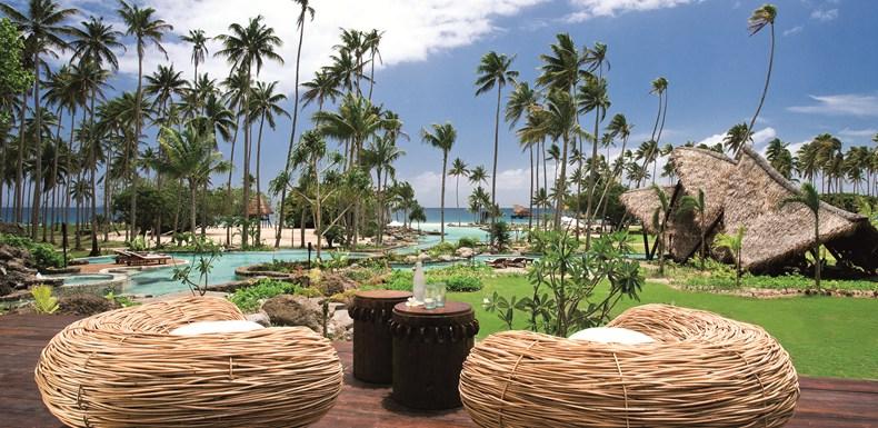 ラウカラ・アイランド・リゾート Laucala Island Resortのプールバー