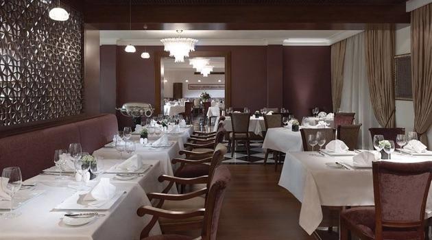 ペラ・パレス・ホテル・ジュメイラのアガサレストラン