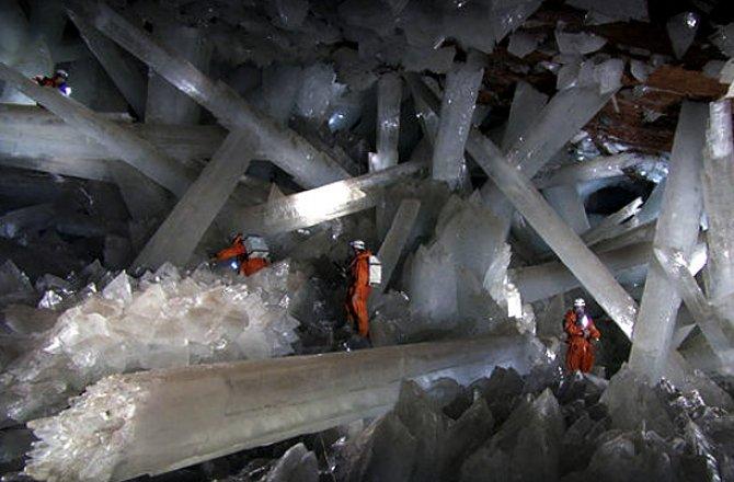クリスタルの洞窟(メキシコ)