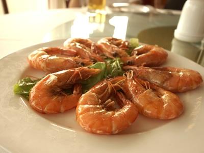 ハロン湾での食事・海鮮・えび
