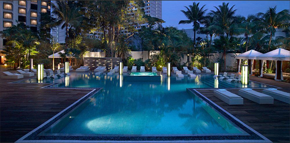 グランド・ハイアット・シンガポール Grand Hyatt Singaporeのスイミングプール