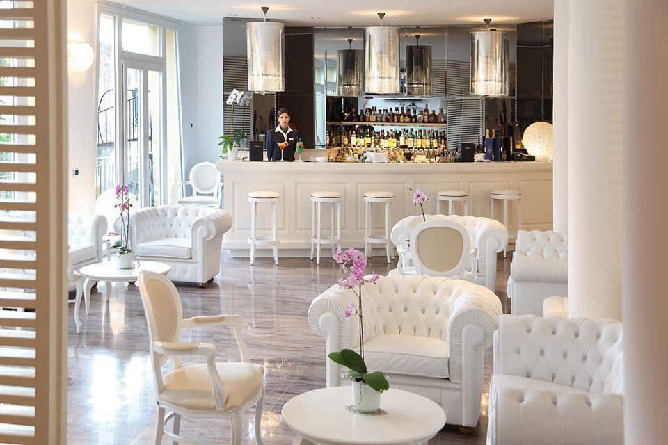 ホテル・アル・サラチェーノ・ヴァリゴッティ Hotel Al Saracenoのラウンジバー