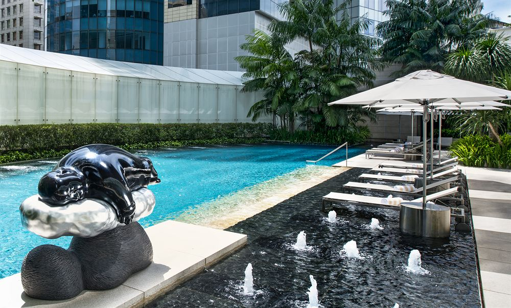 ザ・セント・レジス・シンガポール The St. Regis Singaporのスイミングプール