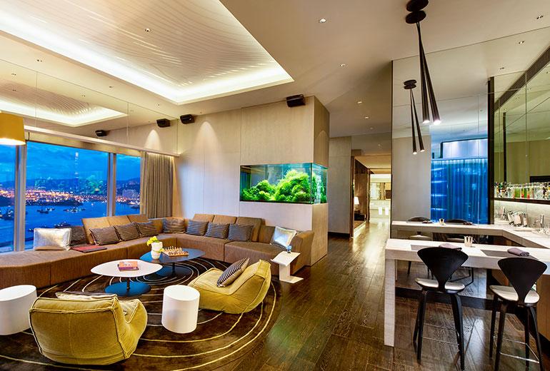 Wホテル香港のエクストリームWOWスイート