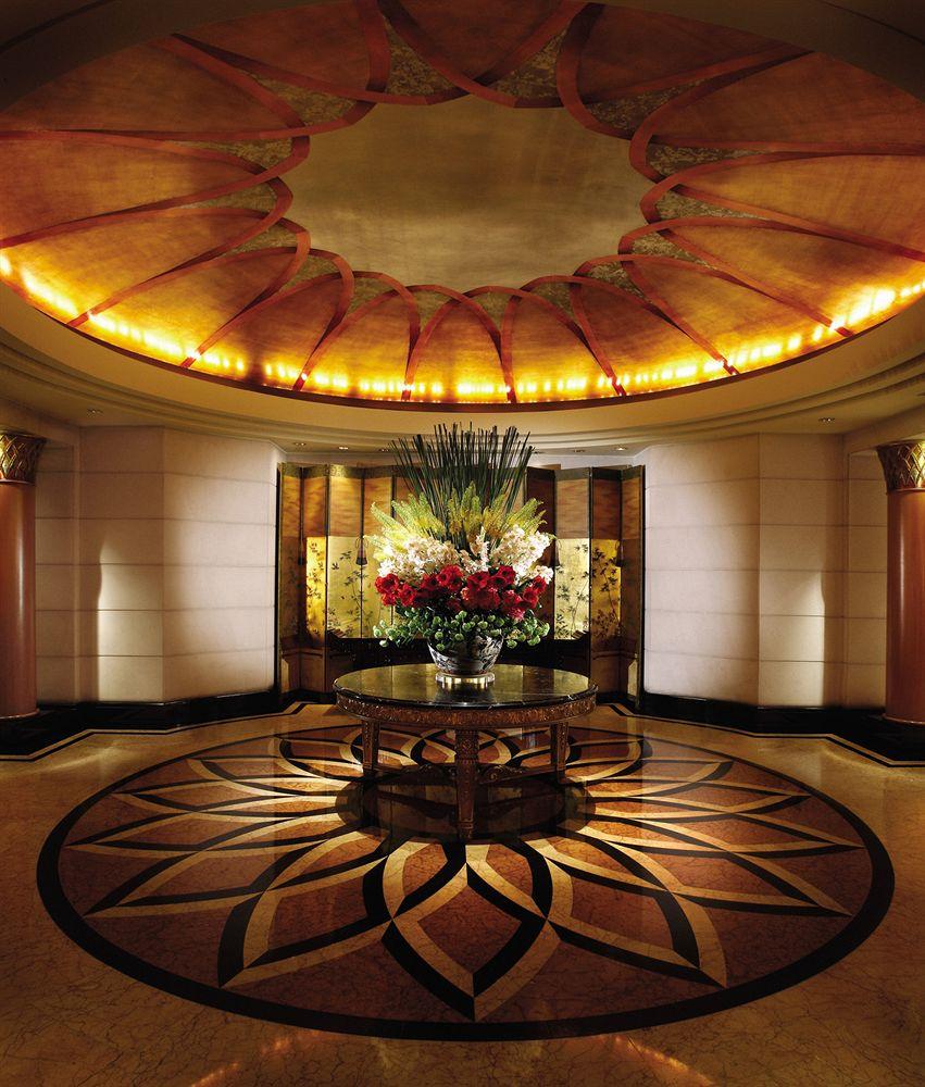 フォーシーズンズ・ホテル・シンガポール Four Seasons Hotel Singaporeホテルロビー