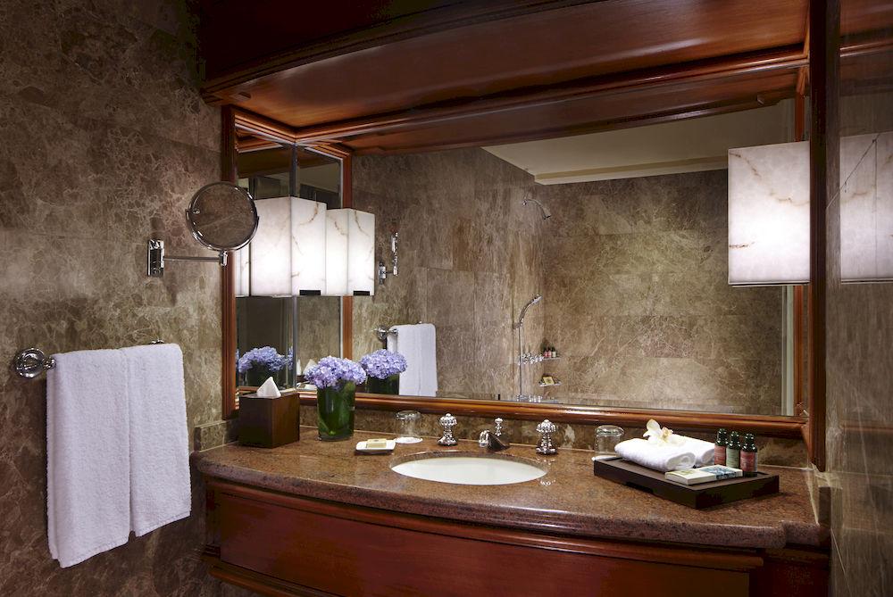リージェント・シンガポール  Regent Singaporeの客室バスルーム