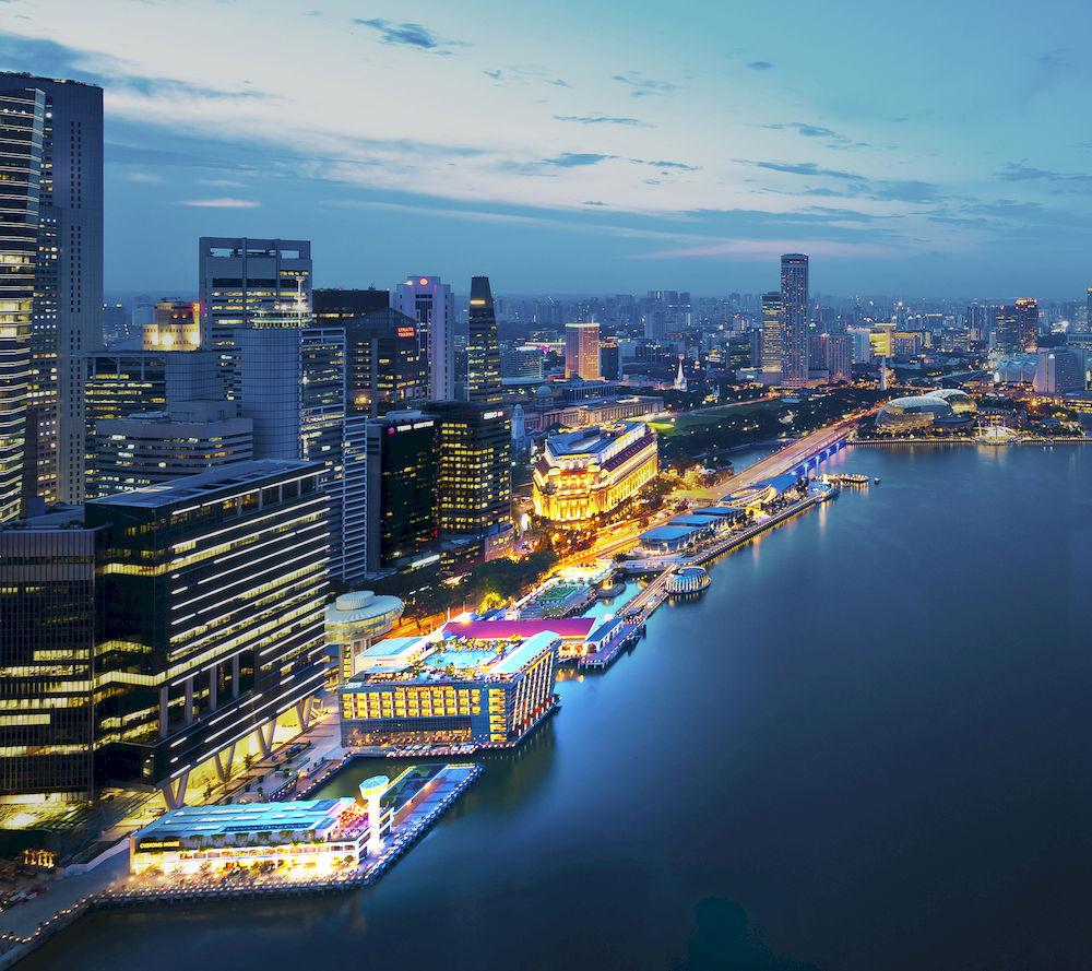 誰もが一度は泊まってみたいと憧れる、シンガポールでも指折りの高級ホテル「ザ・フラートン・ベイ・シンガポール」