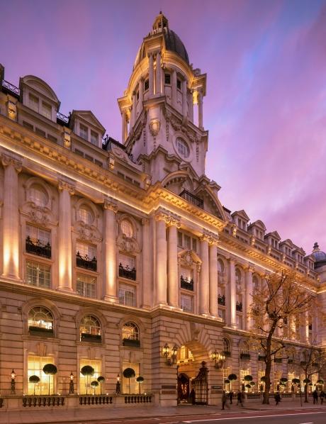 クラシックなヴィンテージ感に満ち溢れた内装が魅力的な「ローズウッド・ロンドン」