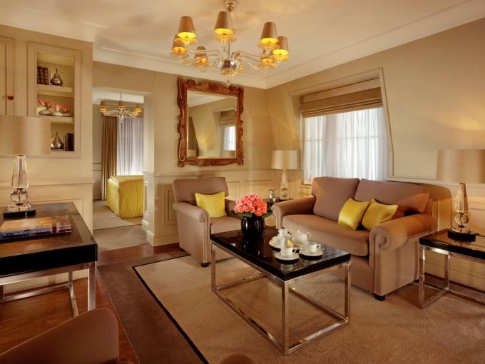 セント・ジェームズ・ホテル&クラブのWestminster-Suite-Living-Room