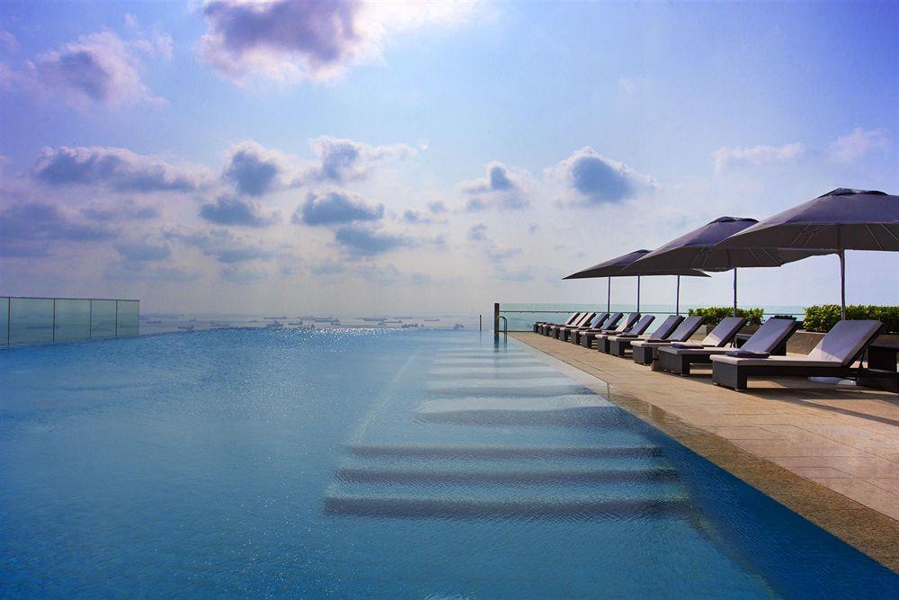 美しいマリーナベイ沿いに建つ2013年オープンの「ザ・ウェスティン・シンガポール 」