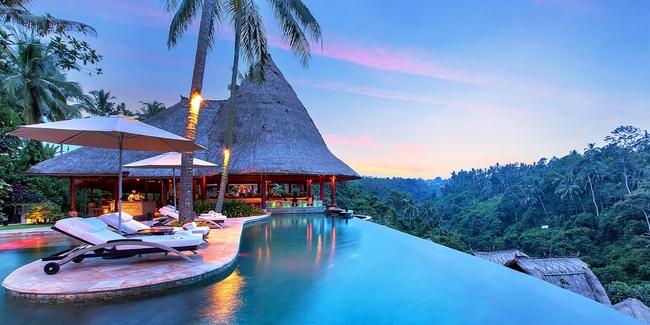 バリ島の「海の絶景プール」