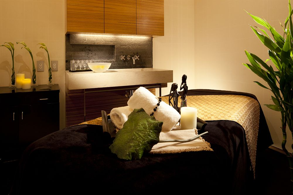 フォーシーズンズ・ホテル丸の内 東京 Four Seasons Hotel Tokyo at Marunouchiのスパ