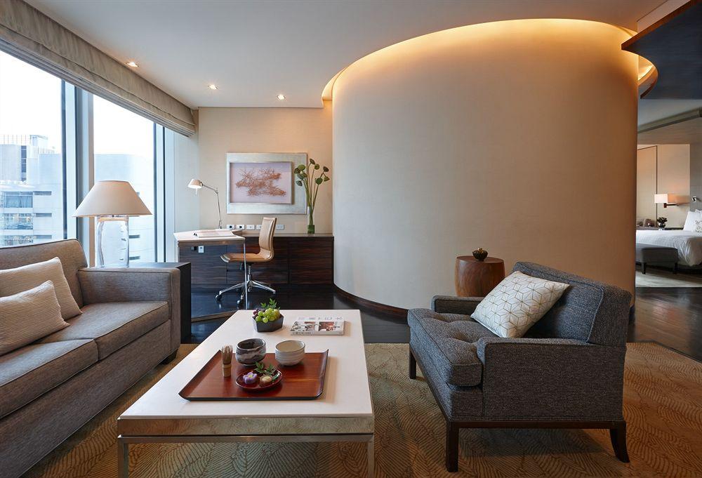 フォーシーズンズ・ホテル丸の内 東京 Four Seasons Hotel Tokyo at Marunouchiの客室