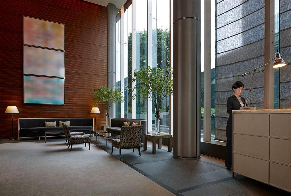 フォーシーズンズ・ホテル丸の内 東京 Four Seasons Hotel Tokyo at Marunouchiのロビー