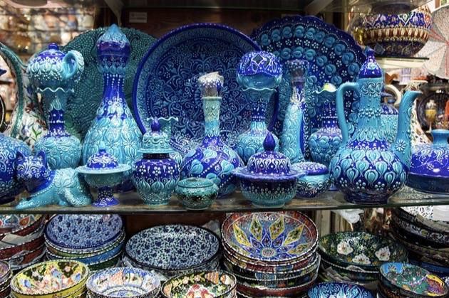 グランド・バザールの陶器