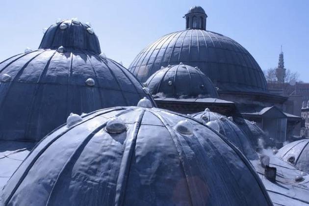 ハマムの屋根