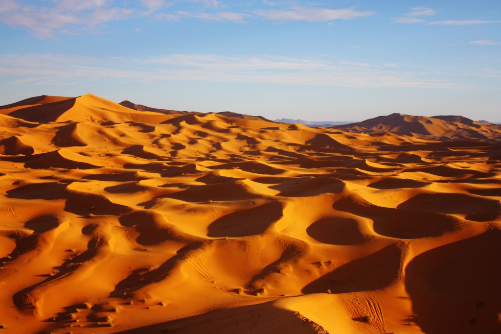 サハラ砂漠の絶景の画像です。