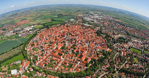 ネルトリンゲンの上空からの写真