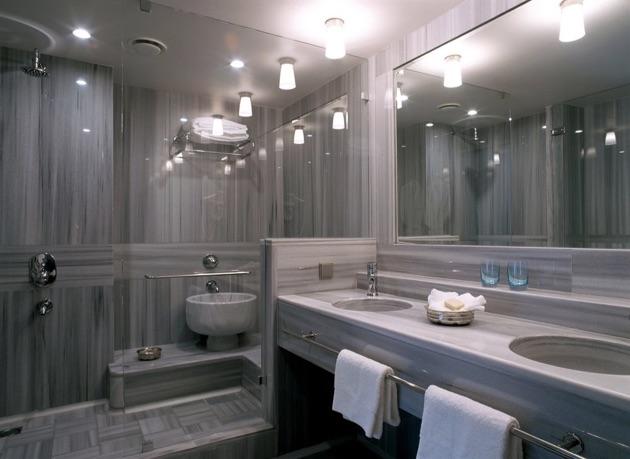 スマハン・オン・ザ・ウォーターのバスルーム
