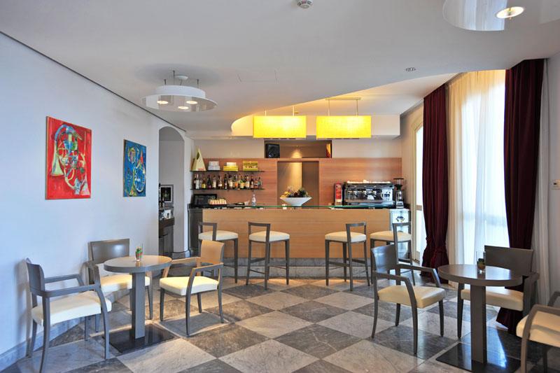グランド・ホテル・アラッシオ Grand Hotel Alassioのバー
