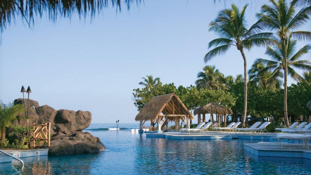 フォーシーズンズ・リゾート・フアラライ・アット・ヒストリック・カウプレフ Four Seasons Resort Hualalai at Historic Ka'upulehuのプール