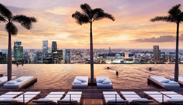 シンガポール「スカイパークプール」