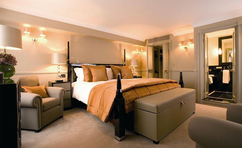 セント・ジェームズ・ホテル&クラブのExecutive-Bedroom