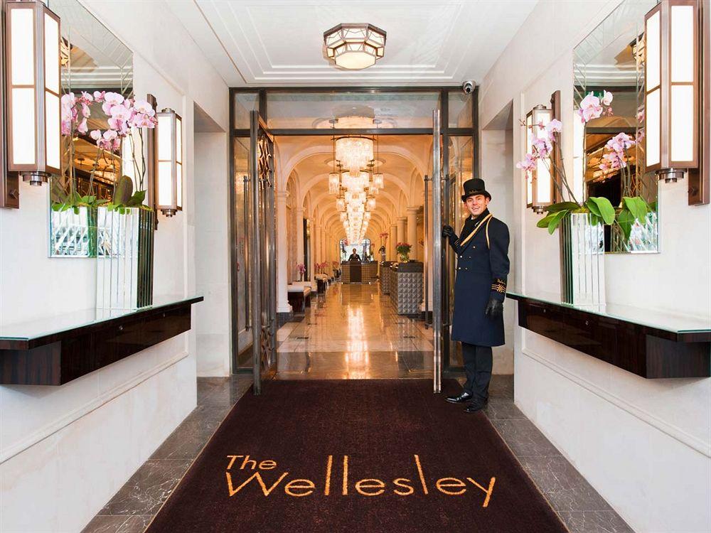1920年代の美しい英国の内装を見事に復元した「ザ・ウェルズリー・ロンドン」