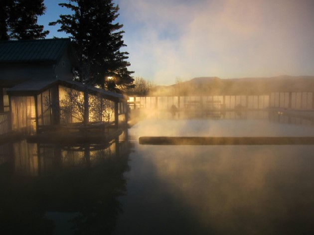 カナダホワイトホースにあるタッキーニ温泉